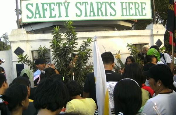 Noynoy Aquino, Hacienda Luisita massacre,